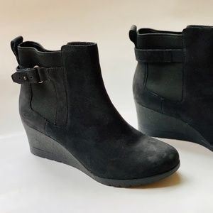 UGG Suede Indra Boot 8.5 NWOT.